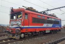 242 555 LRL po nehode stále v Pezinku