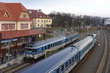 Horní Vlára dnes ve znamení přeměny barev osobních vlaků
