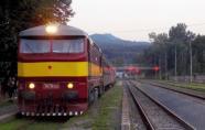 751.131-4 s mimoriadnym vlakom do Prievidze