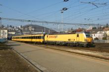 Vlak s prezidentskými kandidátmi na trase Bratislava-Žilina
