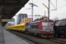Preprava vozňov pre SBB Infra na tratiach ŽSR v réžii Lokorailu