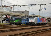 193 263 spolu s 240 106 ČD Cargo a 186 435 IDS Cargo