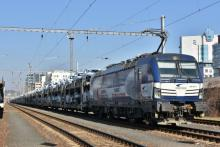 383 201 ZSSK Cargo s autovlakom do Petržalky