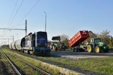 Nakládka kukurice v Rusovciach