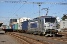 383 406 Metrans Danubia s kontajnerovou súpravou