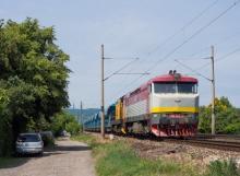 749.254 + 742.028 v čele nákladného vlaku do Šurian