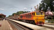 R�chlik do Bangkoku-Fast train to Bangkok