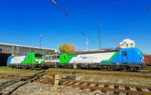 Preberanie nových rušňov Siemens Vectron dopravcom RTI