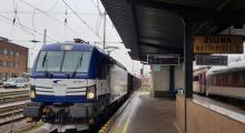 383.203 s nákladným vlakom v Žiline