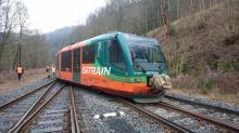 Vykolejení osobního vlaku na Karlovarsku